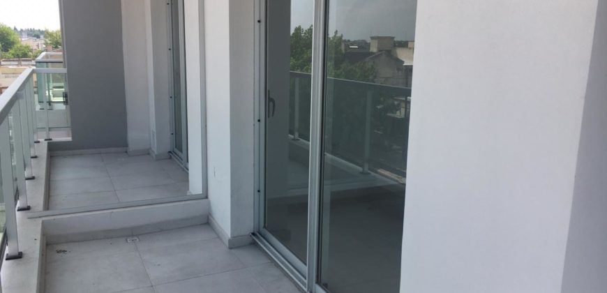 Vendo depto 2 dormitorios de categoría en edificio Centum