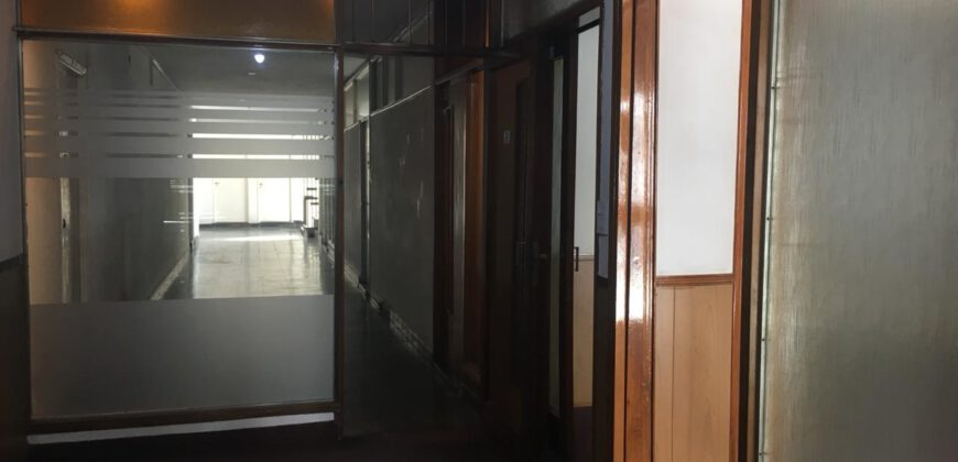 Alquilo oficina en pleno centro