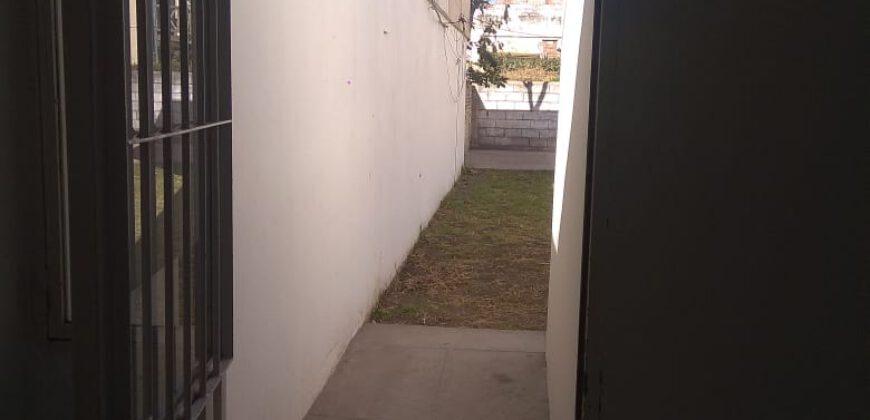 Alquilo Casa2 dormitorios